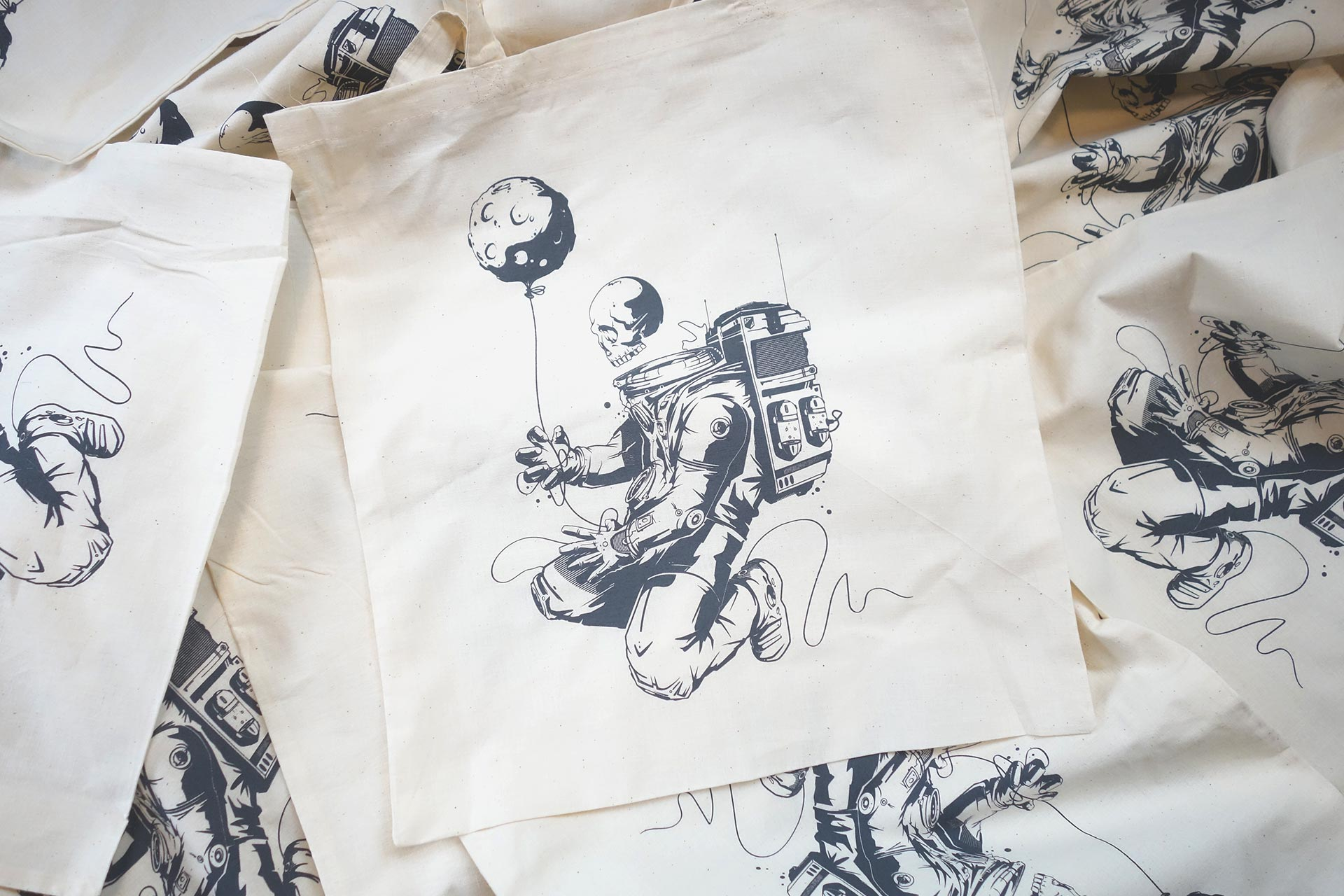 tangled-shop-totebag-01